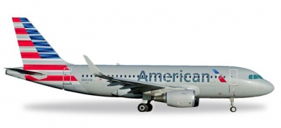 A319 American Airlines; 1:500