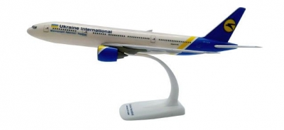 B777-200 Ukraine International; 1:200