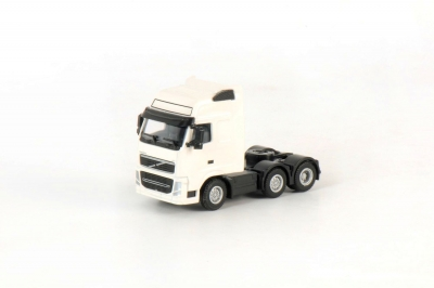 VOLVO FH3 Globetrotter XL -; 1:50
