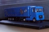 Renault Magnum mit Kofferauflieger 1:87