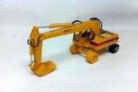 Excavator Broyt X31 - wheels version;1:5